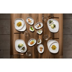 Assiette porcelaine blanche finition mate (23x20x3,5cm)